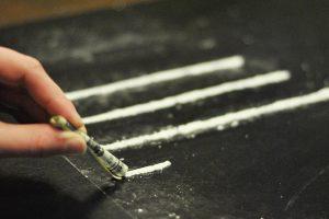 Употребление наркотиков «за компанию»